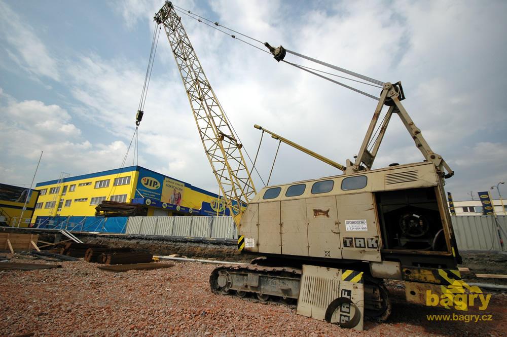 escavatori takraf macchinari industriali Pasovy_lanovy_jerab_takraf_rdk_300_firmy_geostav