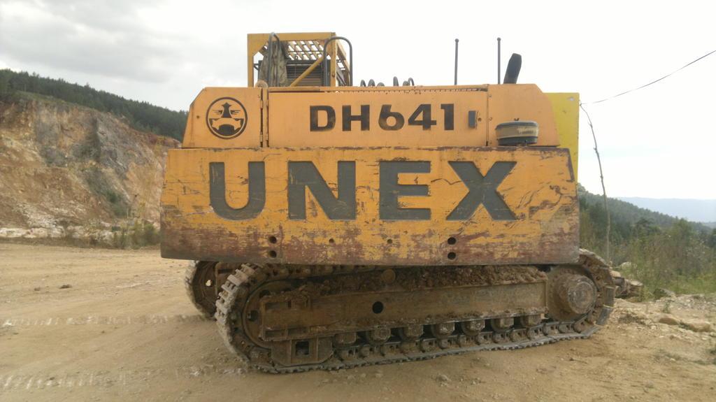 escavatori unex Bagry_unex_dh_eh
