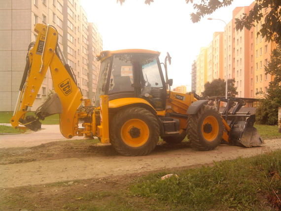 Re: jcb 4cx
