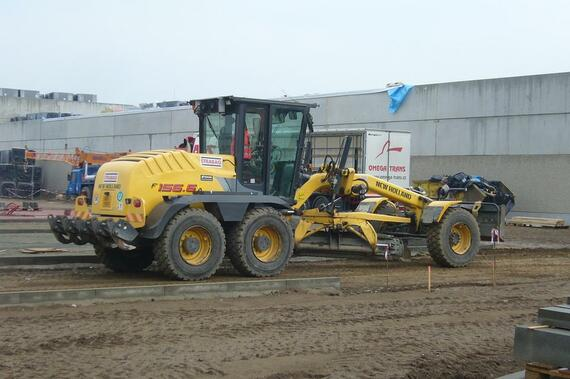 New Holland F 156.6 STRABAG